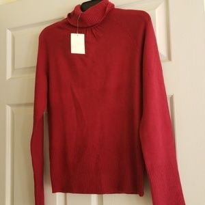 Magenta turtleneck NWT